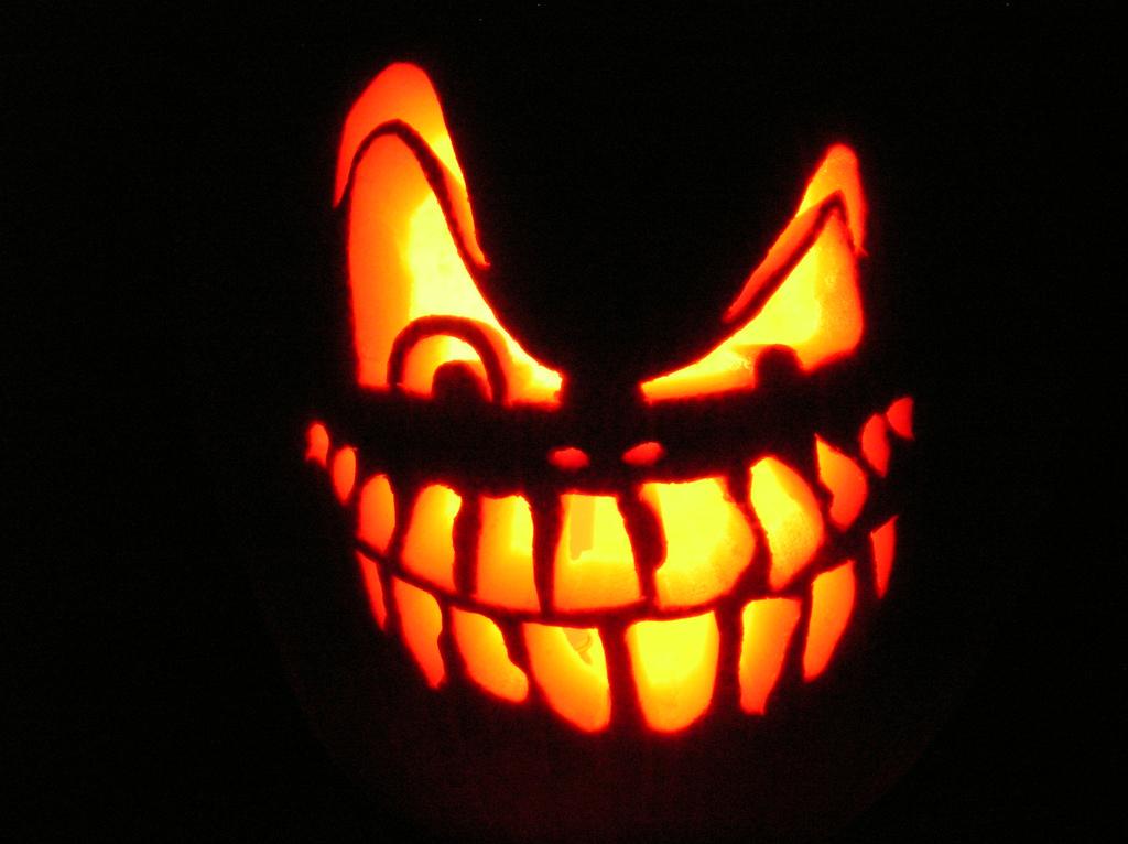 Special Halloween Transformer Sa Voix En Une Voix Grave Qui Fait